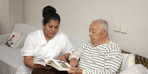 Assistance à la personne en résidence privée pour aînés - APRPA - Formation