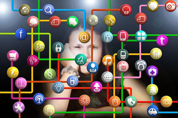 Médias sociaux social réseaux nétiquette Commission scolaire de Kamouraska-Rivière-du-Loup