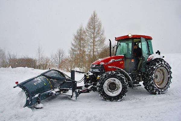 déneigeuse tracteur neige camion chasse-neige véhicule opérateur conduite conducteur Rivière-du-Loup Formation RDL Kamouraska KRTB BSL Bas-Saint-Laurent Pavillon-de-l'Avenir Centre professionnel Service aux entreprises SAE